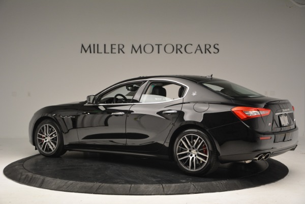 Used 2016 Maserati Ghibli S Q4  EX-LOANER for sale Sold at Alfa Romeo of Greenwich in Greenwich CT 06830 4