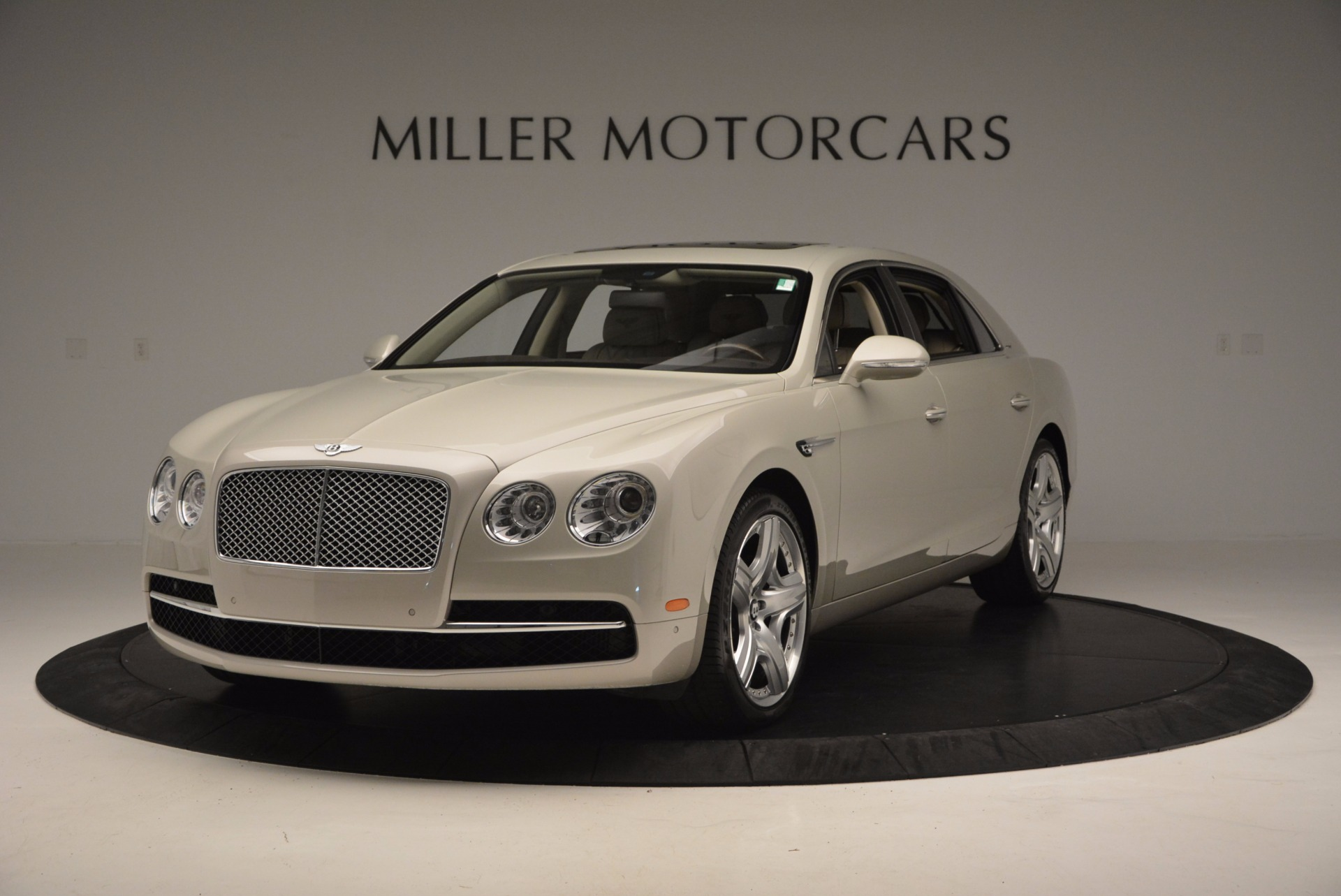 Used 2015 Bentley Flying Spur W12 for sale Sold at Alfa Romeo of Greenwich in Greenwich CT 06830 1
