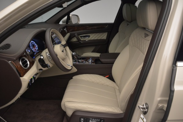 Used 2017 Bentley Bentayga for sale Sold at Alfa Romeo of Greenwich in Greenwich CT 06830 18