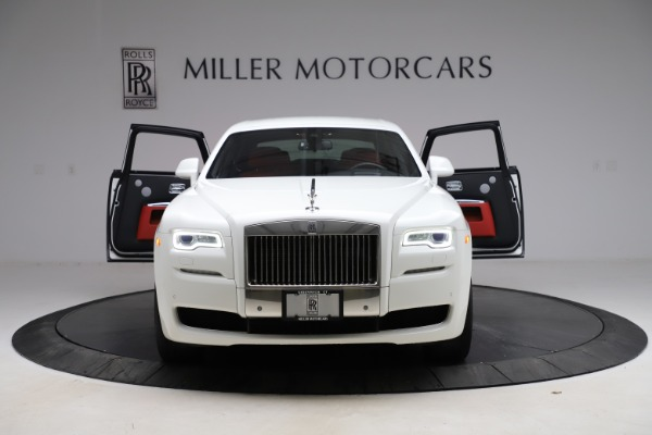 Used 2017 Rolls-Royce Ghost for sale $209,900 at Alfa Romeo of Greenwich in Greenwich CT 06830 13