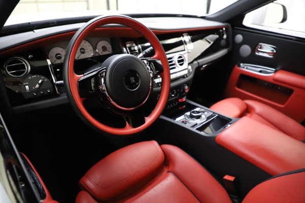 Used 2017 Rolls-Royce Ghost for sale $209,900 at Alfa Romeo of Greenwich in Greenwich CT 06830 16