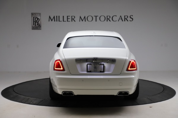 Used 2017 Rolls-Royce Ghost for sale $209,900 at Alfa Romeo of Greenwich in Greenwich CT 06830 7