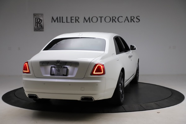 Used 2017 Rolls-Royce Ghost for sale $209,900 at Alfa Romeo of Greenwich in Greenwich CT 06830 8