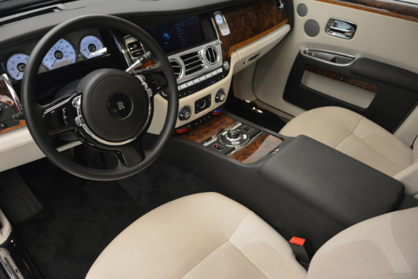 Used 2013 Rolls-Royce Ghost for sale Sold at Alfa Romeo of Greenwich in Greenwich CT 06830 17