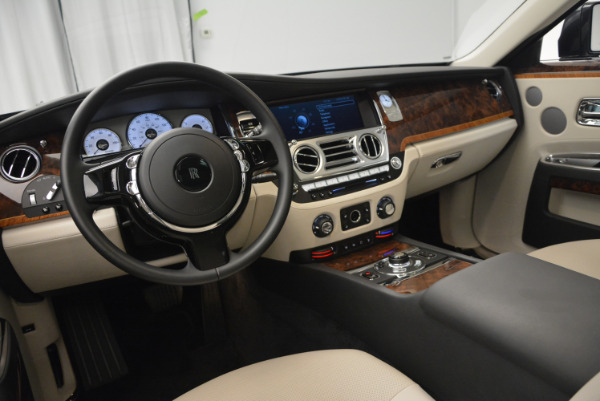 Used 2013 Rolls-Royce Ghost for sale Sold at Alfa Romeo of Greenwich in Greenwich CT 06830 18