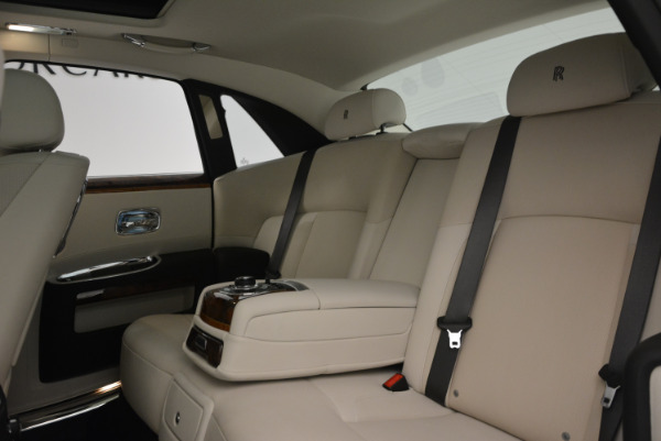 Used 2013 Rolls-Royce Ghost for sale Sold at Alfa Romeo of Greenwich in Greenwich CT 06830 22