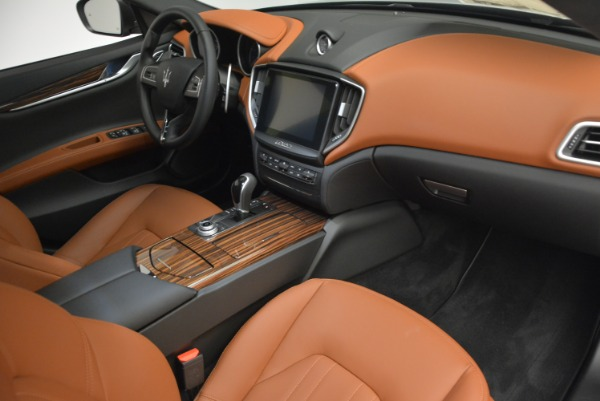 Used 2017 Maserati Ghibli S Q4 Ex-Loaner for sale Sold at Alfa Romeo of Greenwich in Greenwich CT 06830 20