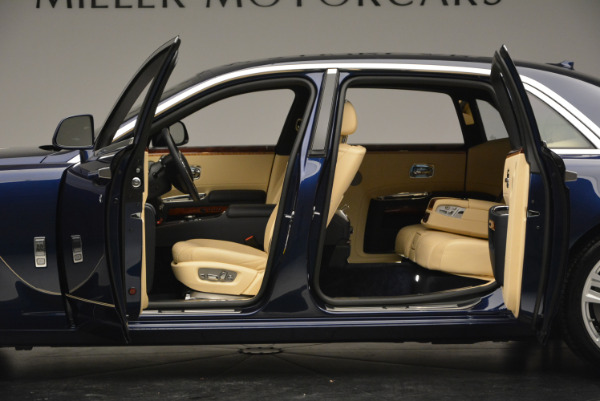 Used 2016 Rolls-Royce Ghost EWB for sale Sold at Alfa Romeo of Greenwich in Greenwich CT 06830 16