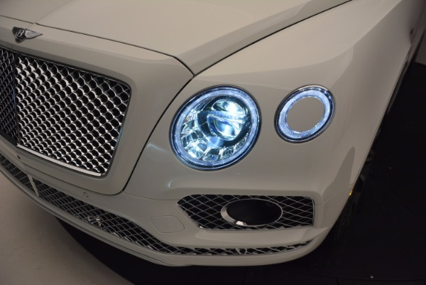 New 2017 Bentley Bentayga for sale Sold at Alfa Romeo of Greenwich in Greenwich CT 06830 18