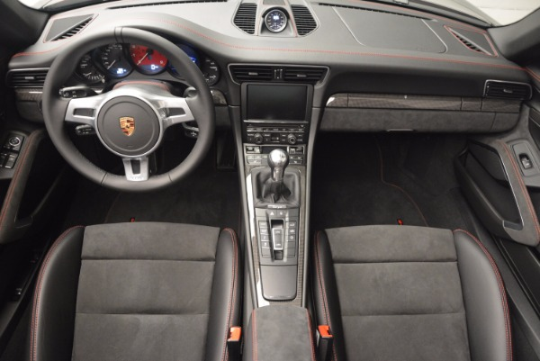Used 2016 Porsche 911 Targa 4 GTS for sale Sold at Alfa Romeo of Greenwich in Greenwich CT 06830 25