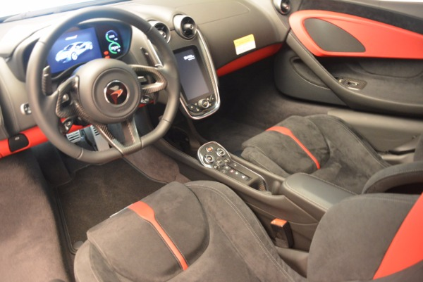 Used 2017 McLaren 570S for sale $149,900 at Alfa Romeo of Greenwich in Greenwich CT 06830 14