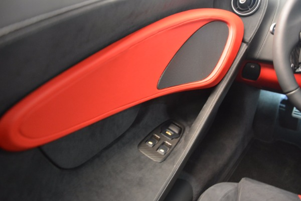 Used 2017 McLaren 570S for sale $149,900 at Alfa Romeo of Greenwich in Greenwich CT 06830 16