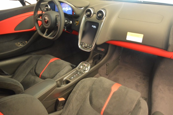 Used 2017 McLaren 570S for sale $149,900 at Alfa Romeo of Greenwich in Greenwich CT 06830 17