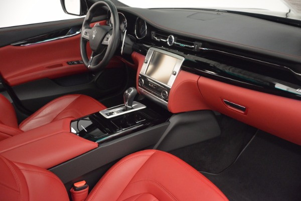 Used 2015 Maserati Quattroporte S Q4 for sale Sold at Alfa Romeo of Greenwich in Greenwich CT 06830 20