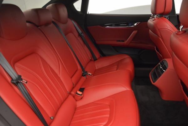 Used 2015 Maserati Quattroporte S Q4 for sale Sold at Alfa Romeo of Greenwich in Greenwich CT 06830 24