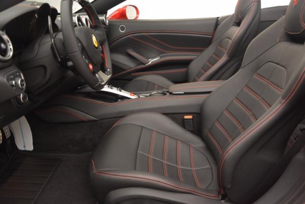 Used 2016 Ferrari California T for sale $149,900 at Alfa Romeo of Greenwich in Greenwich CT 06830 26