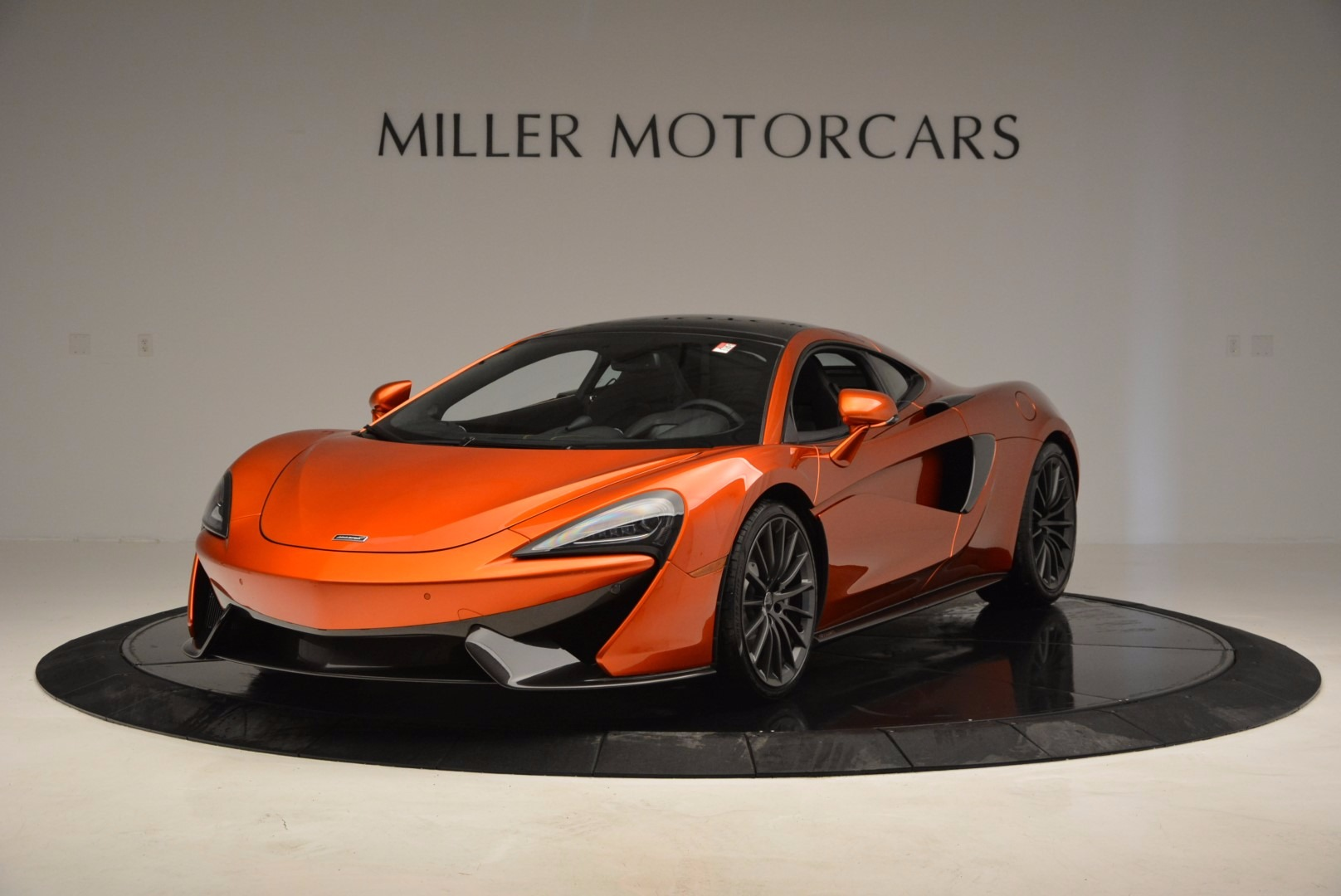 Used 2017 McLaren 570GT Coupe for sale $139,900 at Alfa Romeo of Greenwich in Greenwich CT 06830 1