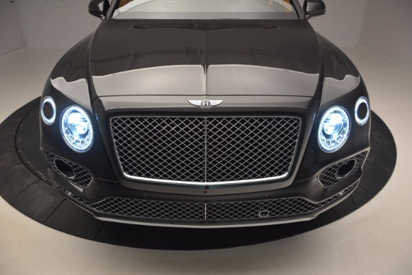 Used 2017 Bentley Bentayga W12 for sale Sold at Alfa Romeo of Greenwich in Greenwich CT 06830 19
