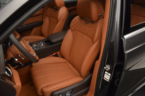 Used 2017 Bentley Bentayga W12 for sale Sold at Alfa Romeo of Greenwich in Greenwich CT 06830 24