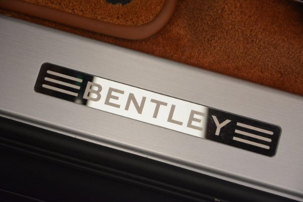 Used 2017 Bentley Bentayga W12 for sale Sold at Alfa Romeo of Greenwich in Greenwich CT 06830 27