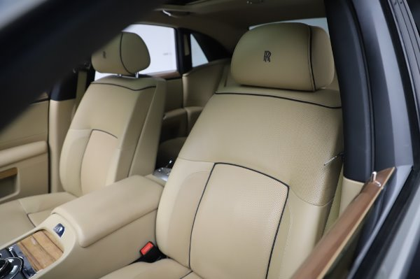 Used 2014 Rolls-Royce Ghost V-Spec for sale Sold at Alfa Romeo of Greenwich in Greenwich CT 06830 9