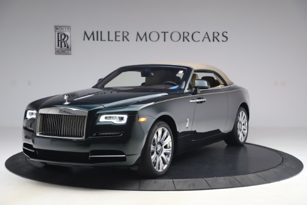 Used 2017 Rolls-Royce Dawn for sale Sold at Alfa Romeo of Greenwich in Greenwich CT 06830 16