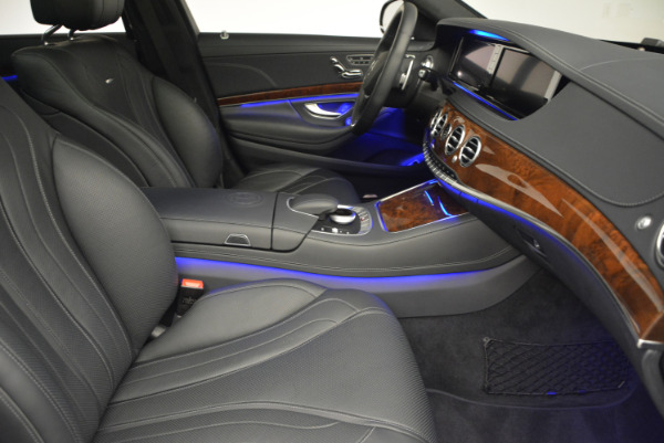 Used 2014 Mercedes Benz S-Class S 63 AMG for sale Sold at Alfa Romeo of Greenwich in Greenwich CT 06830 24
