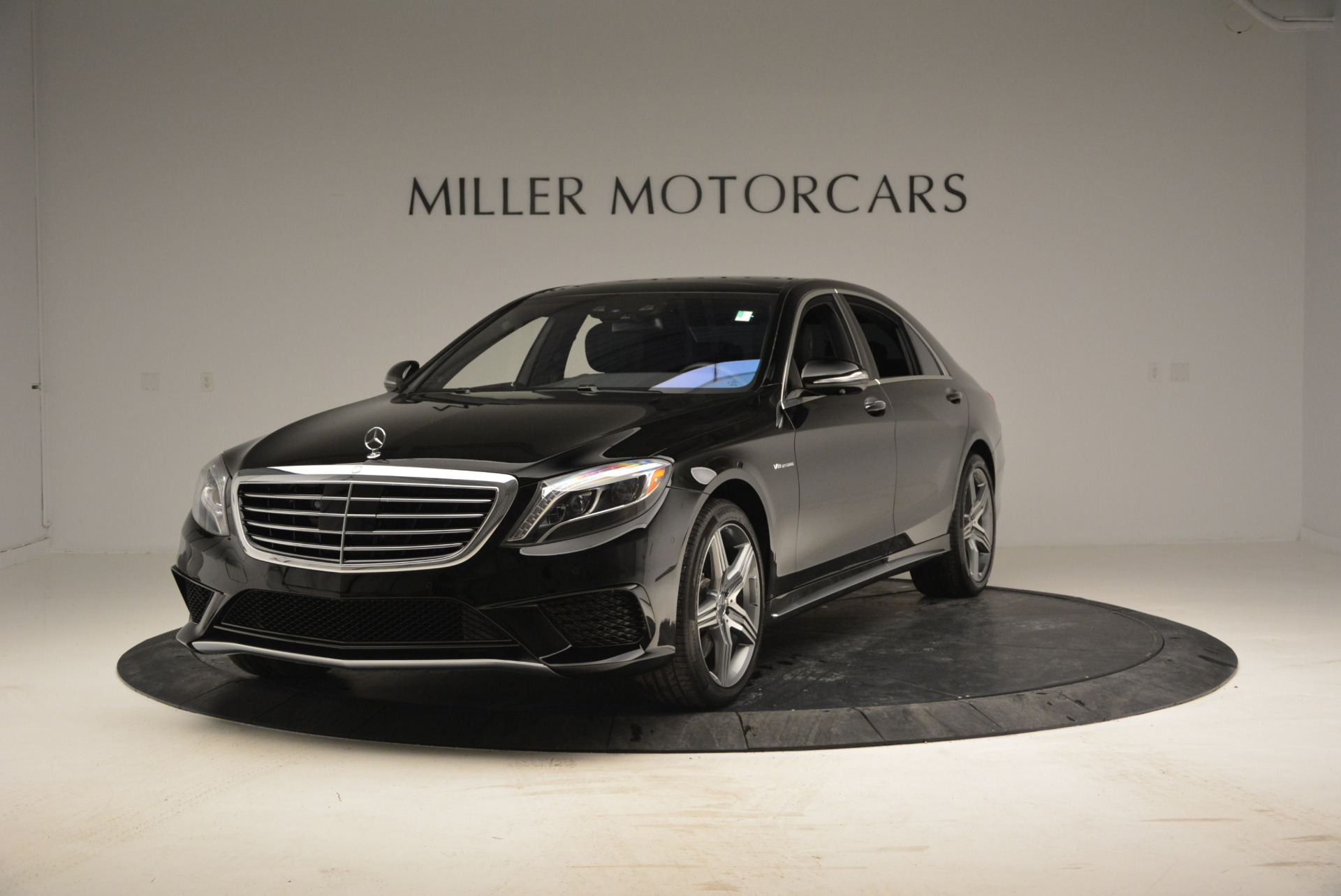 Used 2014 Mercedes Benz S-Class S 63 AMG for sale Sold at Alfa Romeo of Greenwich in Greenwich CT 06830 1