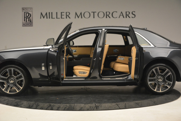 Used 2017 Rolls-Royce Ghost for sale Sold at Alfa Romeo of Greenwich in Greenwich CT 06830 14