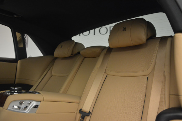 Used 2017 Rolls-Royce Ghost for sale Sold at Alfa Romeo of Greenwich in Greenwich CT 06830 26