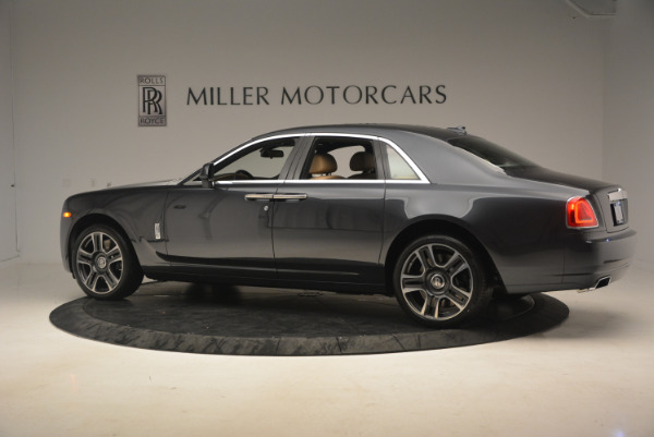 Used 2017 Rolls-Royce Ghost for sale Sold at Alfa Romeo of Greenwich in Greenwich CT 06830 4