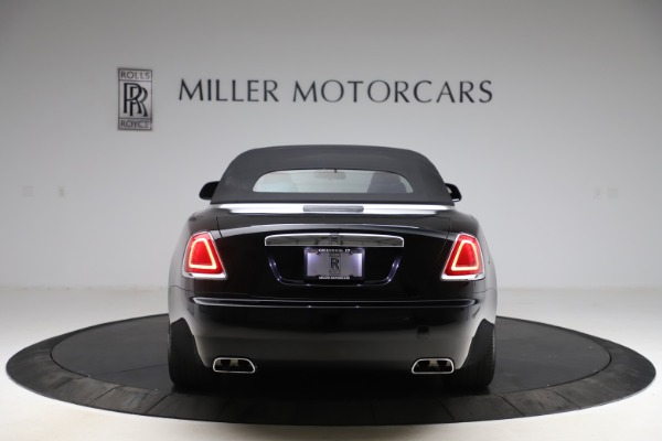 Used 2017 Rolls-Royce Dawn for sale $229,900 at Alfa Romeo of Greenwich in Greenwich CT 06830 20