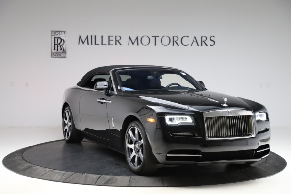 Used 2017 Rolls-Royce Dawn for sale $229,900 at Alfa Romeo of Greenwich in Greenwich CT 06830 25