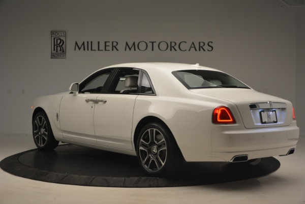Used 2017 Rolls-Royce Ghost for sale Sold at Alfa Romeo of Greenwich in Greenwich CT 06830 5