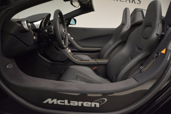 Used 2013 McLaren 12C Spider for sale Sold at Alfa Romeo of Greenwich in Greenwich CT 06830 25